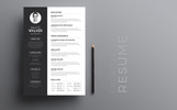 Minimal White Walker Resume Template